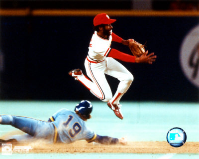 aaej0377eozzie-smith-turning-double-play-photofile-posters1