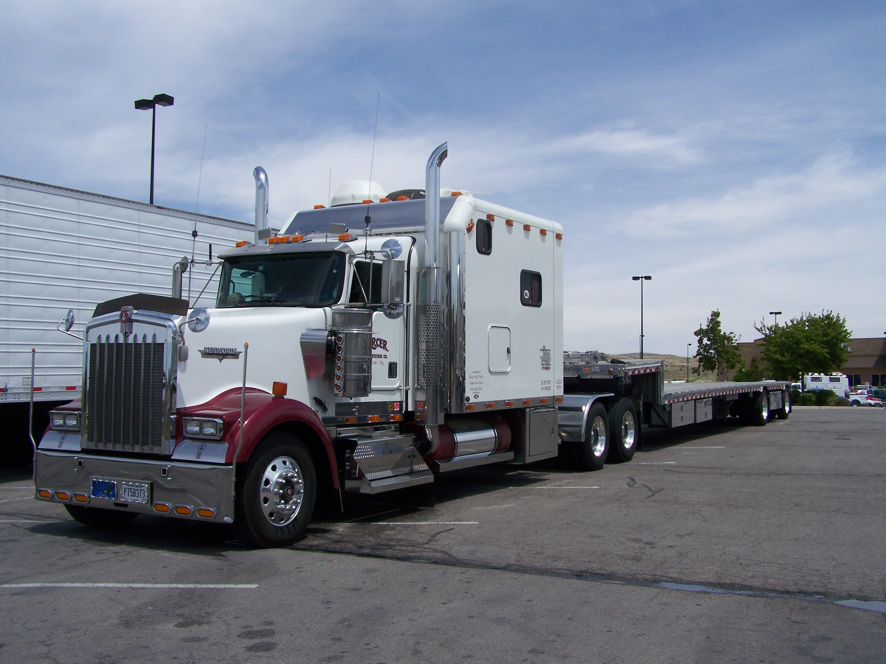 For sale 2000 kenworth check it out mercer for Mercer available loads