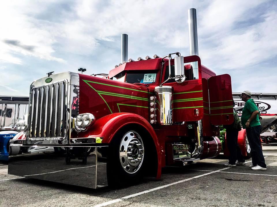 Show Truck 04